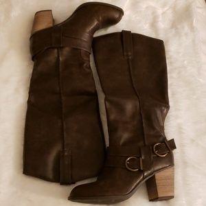 Diba Brown Boots